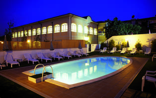 Escapada Romántica con Cena y acceso al spa en Navia