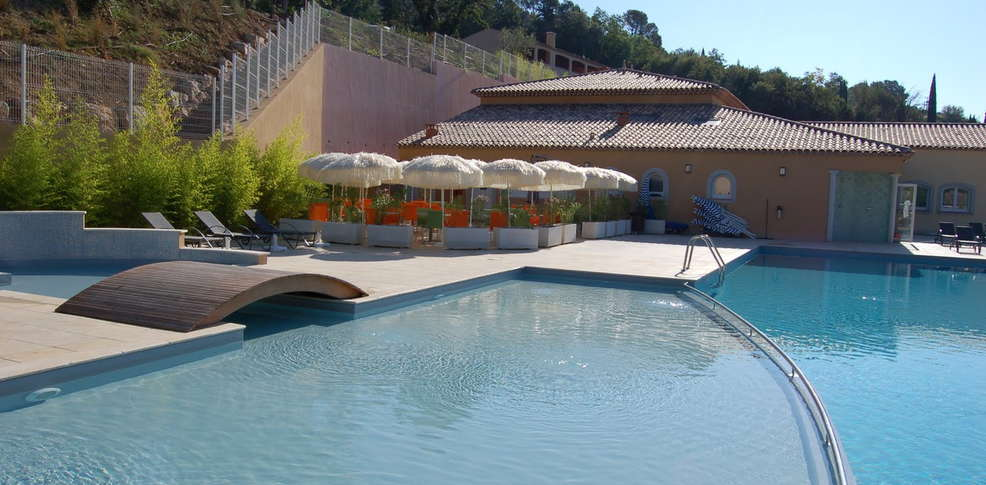 H tel r sidence vacances bleues ch teau de camiole h tel for Reservation hotel paca