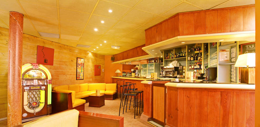 Baño Turco Diferencia Sauna:Hotel Odalys Balneo Aladin, Hotel Cauterets (65)