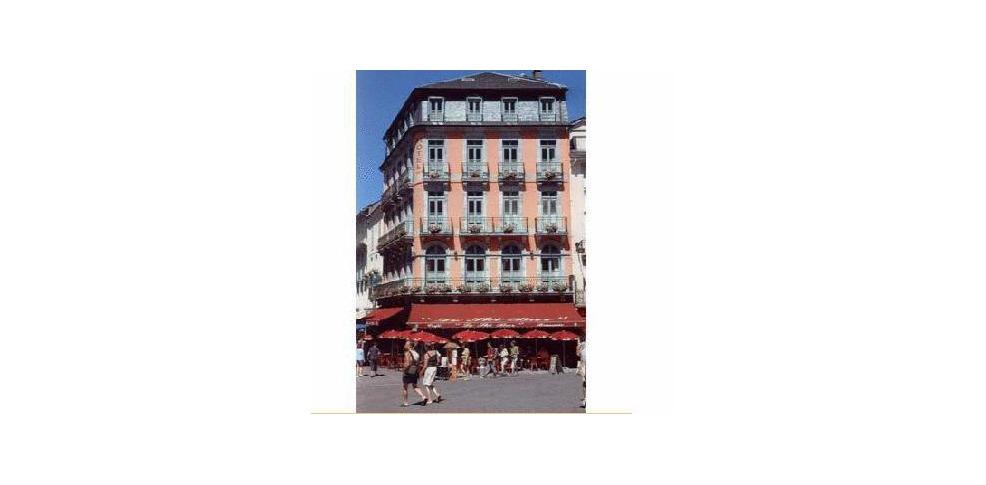 H u00f4tel Le Bois Joli, Hotel Cauterets # Le Bois Joli Cauterets