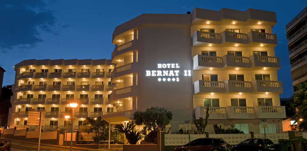 Hotel bernat ii h tel de charme calella for Reservation hotel pas chere