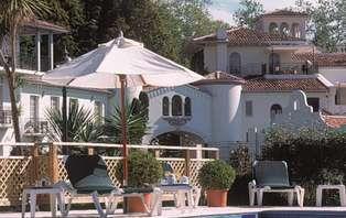Offre Spéciale: Week-end détente en bord de mer, dans un château***** à côté de Biarritz