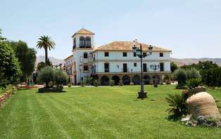 Escapada Bienestar: Relájate con encanto en Antequera (desde 2 noches)