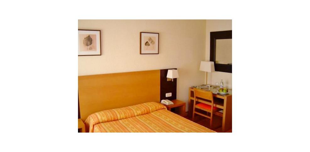 hotel laris:
