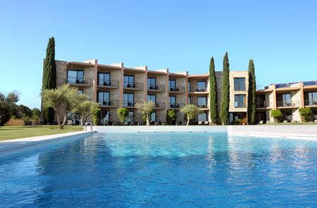 Escapada en un hotel de diseño cerca del Mediterráneo