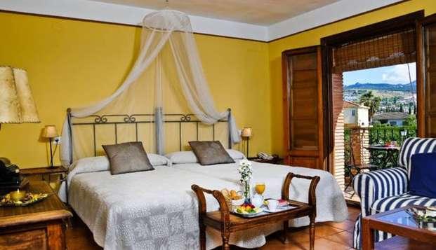 Escapada Romántica con encanto entre Granada y Sierra Nevada (Mínimo 2 noches) en Weekendesk por 68.00€