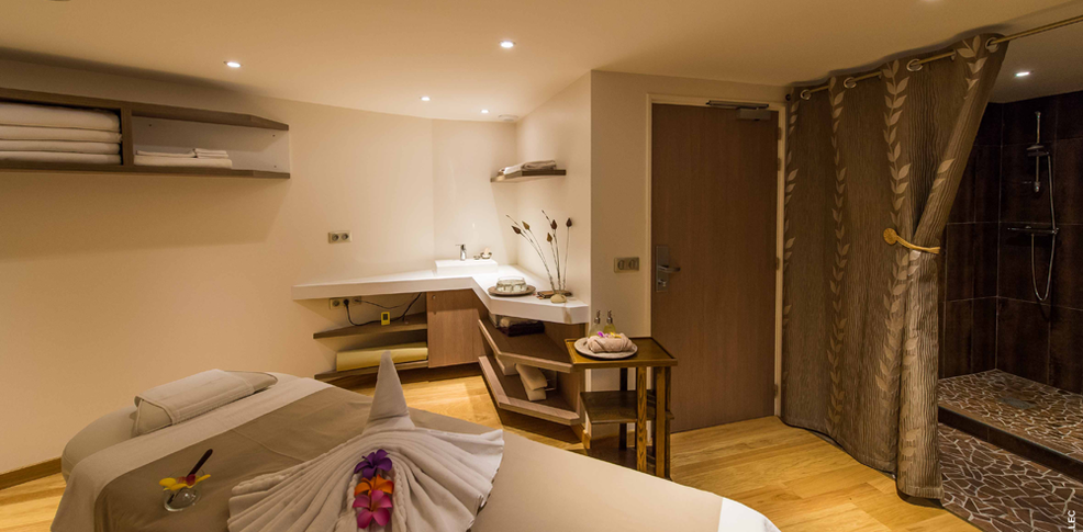 Week end bien tre cognac avec acc s l 39 espace d tente - Salon de massage erotique montpellier ...