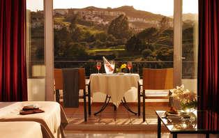 Anticípate al verano: Minivacaciones en Mijas de auténtico lujo, con cenas y spa (desde 3 noches)