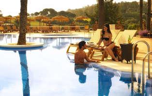 Escapada Nirvana: masaje en pareja, jacuzzi privado y cóctel en la piscina