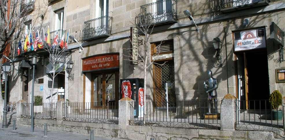 Escapadas fin de semana rom nticas san lorenzo de el - Calle escorial barcelona ...