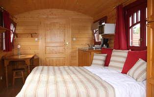 Offre exclusive: Week-end détente et insolite dans une roulotte hôtelière pour 2 personnes