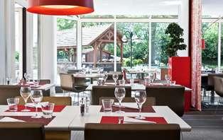 Offre spéciale: week-end avec dîner 2 plats près de Versailles