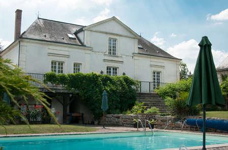Offre spéciale : dîner et détente en bord de rivière dans la Vallée du Loir