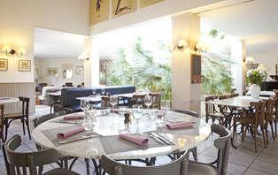 Offre spéciale : Week-end avec dîner près d'Avignon (2 nuits min)