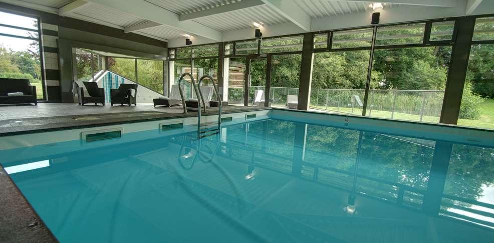 Najeti h tel ch teau tilques hotel saint omer 62 for Hotel nord pas de calais avec piscine