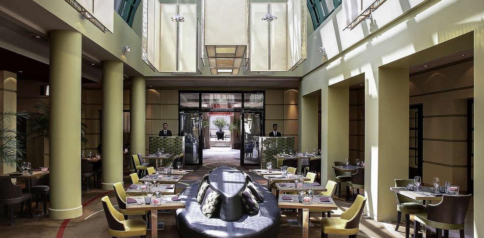 Week end culturel versailles avec 1 visite du ch teau de versailles pass 2 jours pour 2 - Restaurant chateau de versailles ...