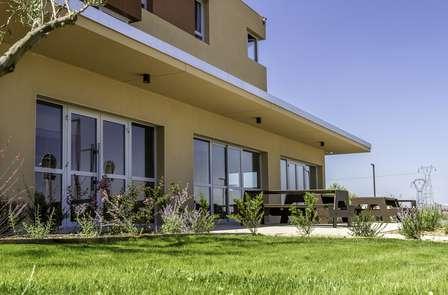 Offre Spéciale: Week-end en Suite familiale près de Montpellier