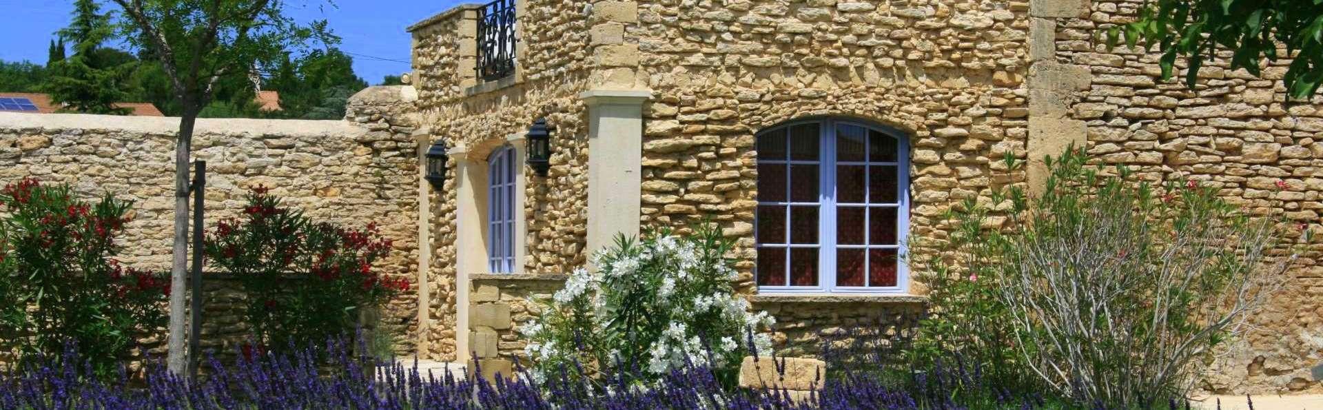 Domaine des Escaunes - lavandes-1920x1190.jpg
