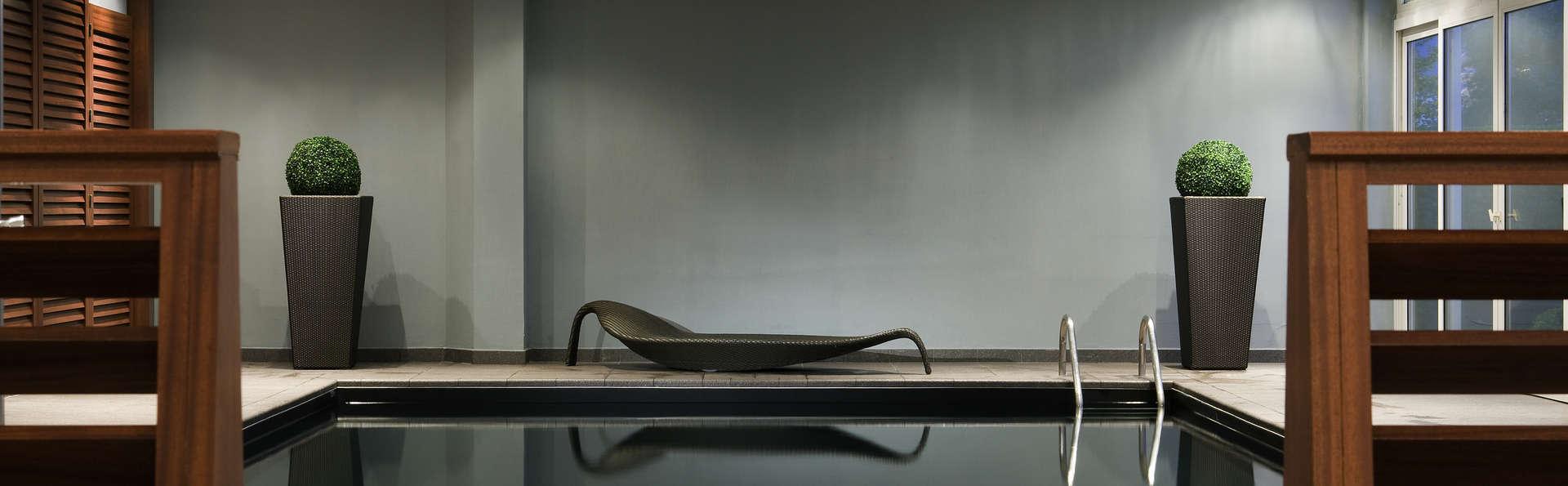 week end romantique blagnac avec cadeau de bienvenue partir de 139. Black Bedroom Furniture Sets. Home Design Ideas