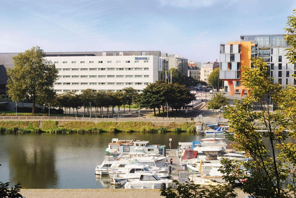 Novotel Nantes Centre Gare - exterieur.jpg