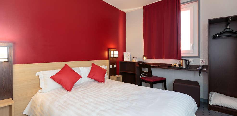 comfort hotel clermont saint jacques h tel de charme clermont ferrand. Black Bedroom Furniture Sets. Home Design Ideas