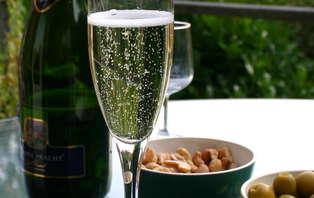 Offre Spéciale Saint Valentin: Week-end avec dîner romantique, à côté de Saint-Jean de Luz