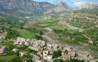 Escapada con botella de vino en la Ribagorza- Huesca