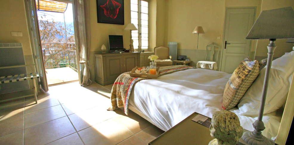 h tel le couvent d 39 h r pian h tel de charme h r pian 34. Black Bedroom Furniture Sets. Home Design Ideas