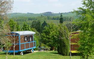 Week-end insolite dans une roulotte avec accès SPA au coeur d'un parc naturel en Corrèze
