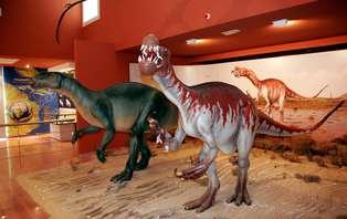 Escapada familiar en la Ruta de los Dinosaurios