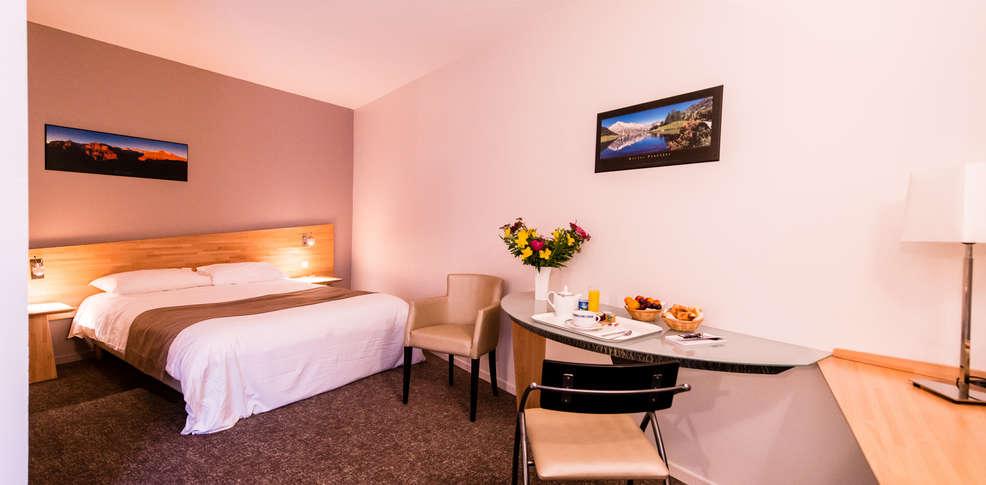 Quality Hotel Pau Centre Bosquet  H U00f4tel De Charme Pau