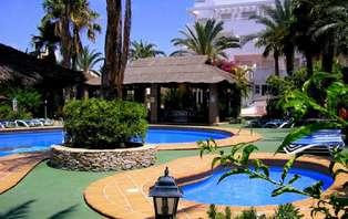 Anticípate al Verano con Pensión Completa en la Costa de Almería (desde 2 noches)