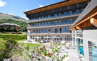 Weekend romantique au ski avec accès spa près de Valloire