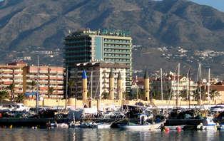 Escapada familiar en media pensión en pleno paseo marítimo de Fuengirola