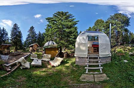 Week-end insolite en pleine nature, au Bivouac d'Annecy-Semnoz