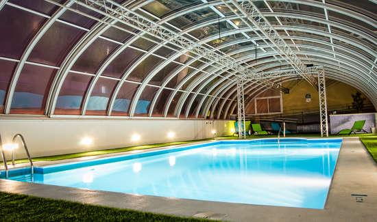 Week end s ville avec acc s la piscine int rieure et for Week end avec piscine interieure