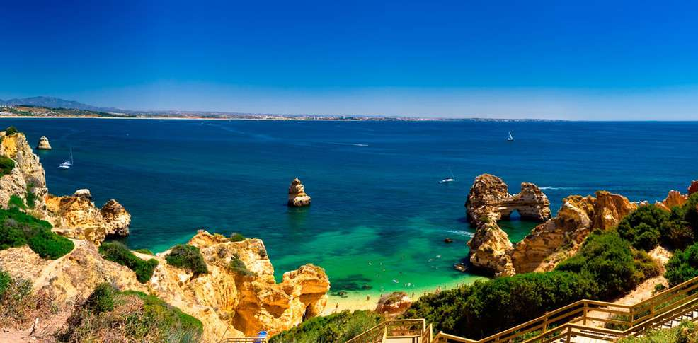 hotels list algarve adult only