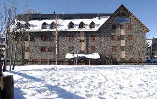 Promoción Limitada: Escapada con media pensión y Forfait en un Resort en Boí Taüll (desde 2 noches)