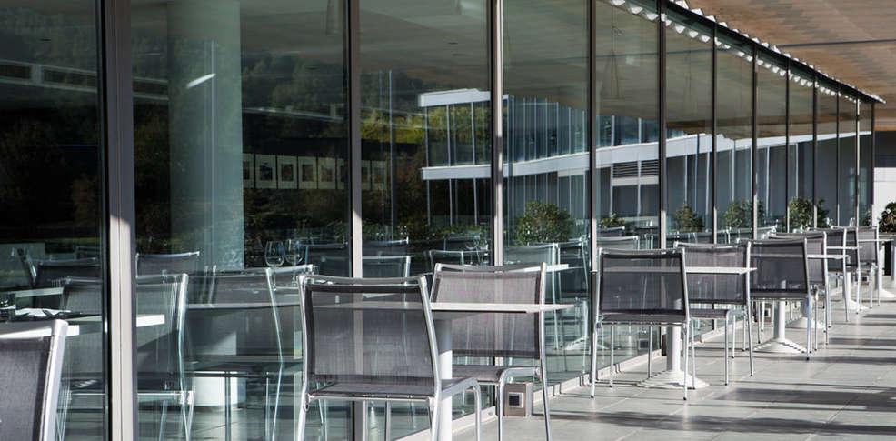 Mon Foyer Hotel Rabat : Hotel món sant benet hôtel de charme fruitos bages