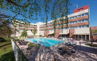 Week-end détente avec vue piscine à Mulhouse