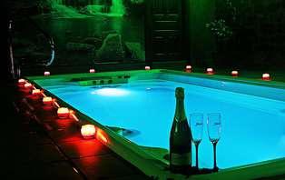 Escapada relax con spa en privado y bañera de hidromasaje en la habitación