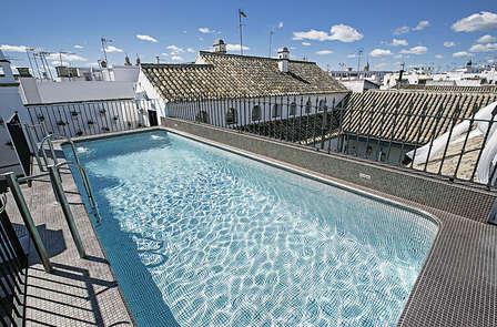 Especial Mejores Terrazas: Sevilla de lujo, desde el centro, con cóctel y masaje