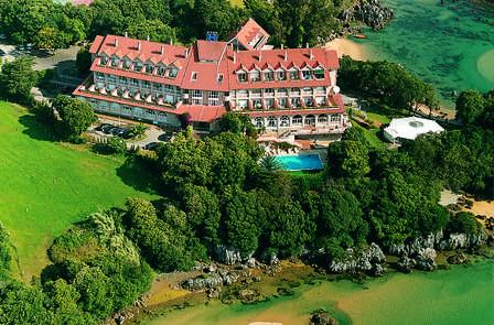 Escapada en un hotel de ensueño frente las playas de Isla y Noja