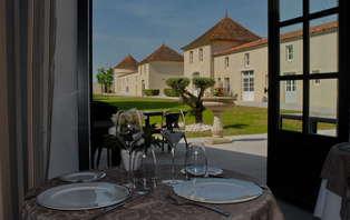 Offre spéciale :  Week-end détente en chambre supérieure dans un château prés de Rochefort