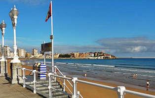 Especial Otoño: Romántica en la Playa de Gijón
