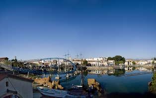 Escapada en l'Ametlla de mar con media pensión y entradas a portaventura