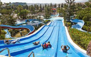 Escapada con entradas al Parque acuático Mijas ¡Playa y diversión en Fuengirola!