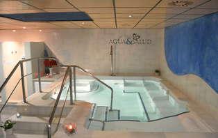 Escapada con entradas al spa Agua y Salud de Sevilla