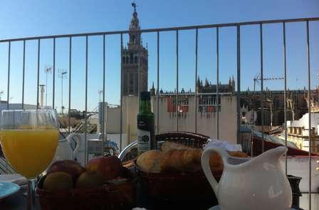 Escapada con encanto a 50 metros de la Catedral de Sevilla
