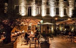 Week-end dans un hôtel de charme en chambre supérieure  en plein coeur de Nîmes